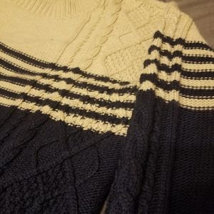 Pixley cable knit sweater like new!